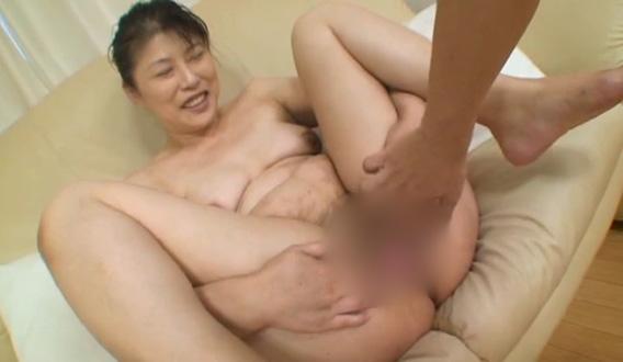 奥さんと仲良く中出し 湯川綾子